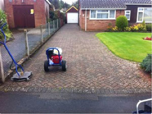 Driveway before cleaning in Edinburgh